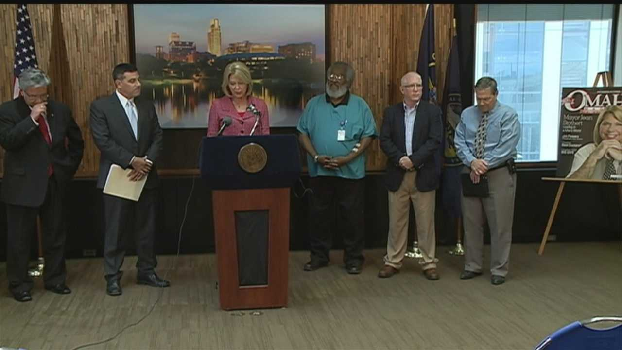 Omaha Mayor Jean Stothert announces the members who make up a new Citizen Review Board. (KETV file image/May 1, 2014.)