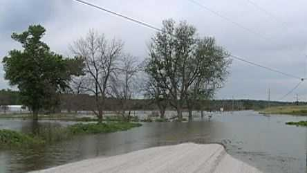 CB flooded road