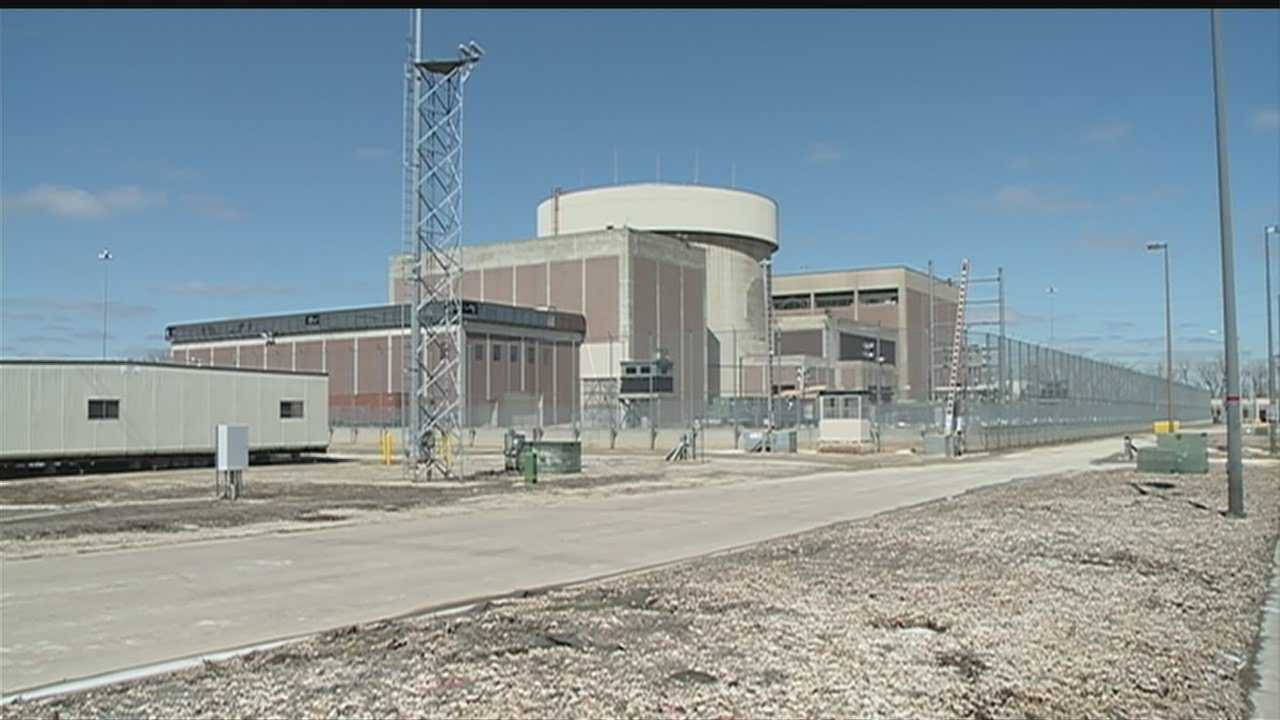 The Omaha Public Power District went to employees for advice in hopes of getting the Fort Calhoun nuclear power plant back up and running. What they got in return was 200 pages of problems.