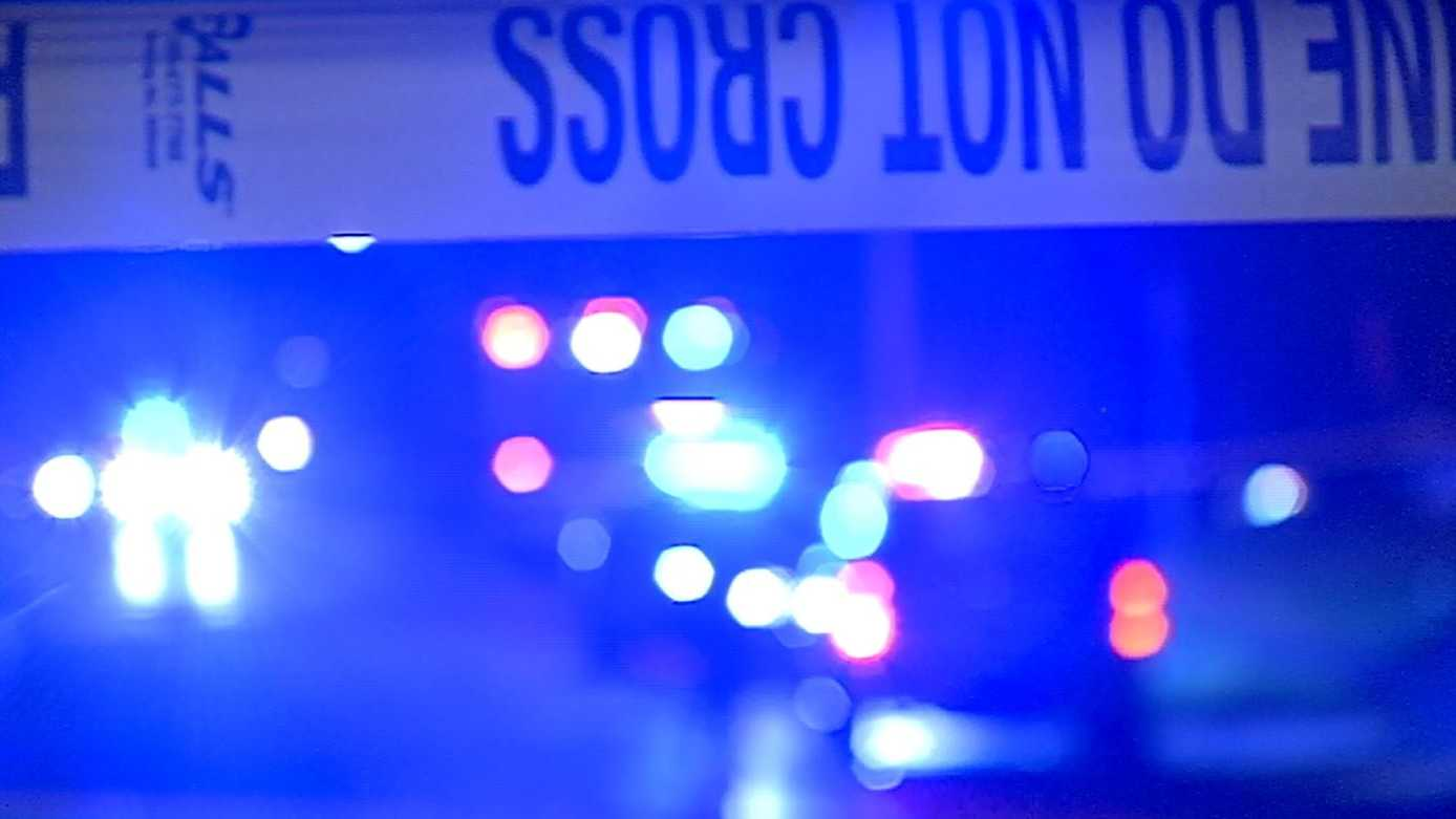 (night) generic crime scene - tape.JPG
