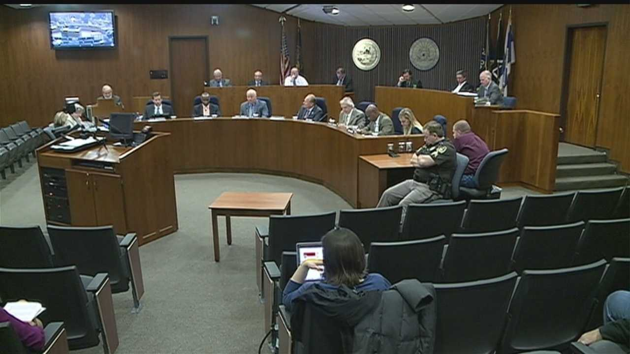 A proposal to fill an empty seat on the MECA Board failed at City Hall on Tuesday.
