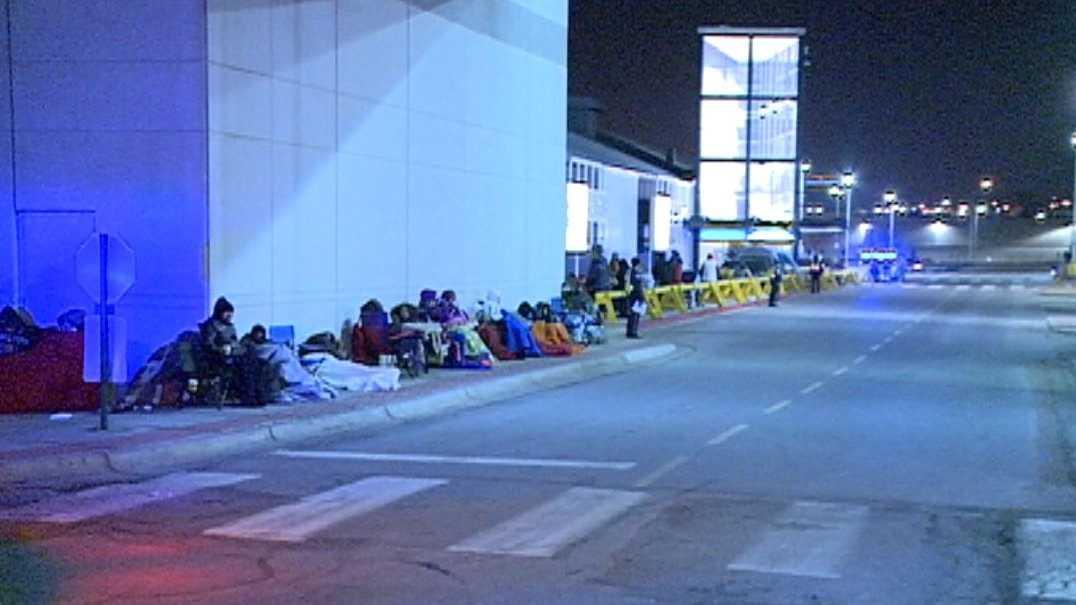 Nebraska Furniture Mart Sees Huge Turnout For Black Friday