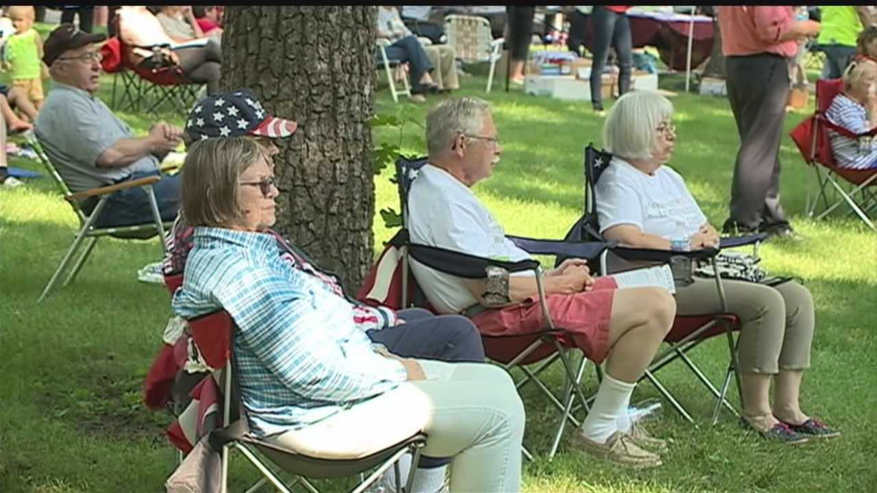 Two events, one and one blue draw crowds in the metro for Independence Day weekend.
