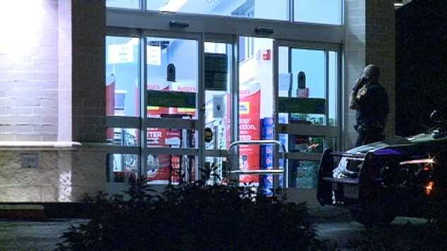 Walgreens at 30th and Dodge robbed at gunpoint