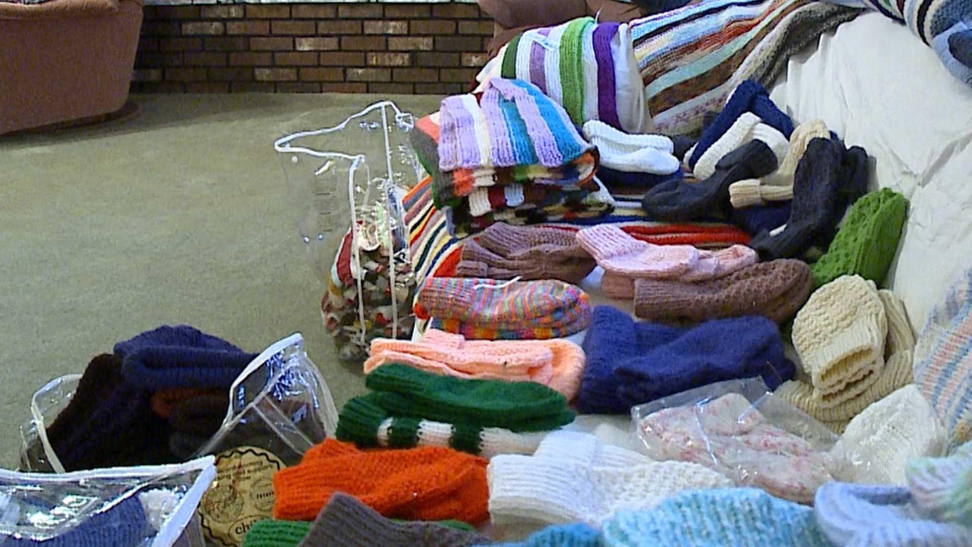 knitter 2.jpg