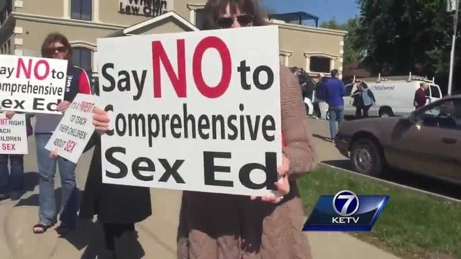 Omaha Public Schools Board Votes To Approve New Human -2338