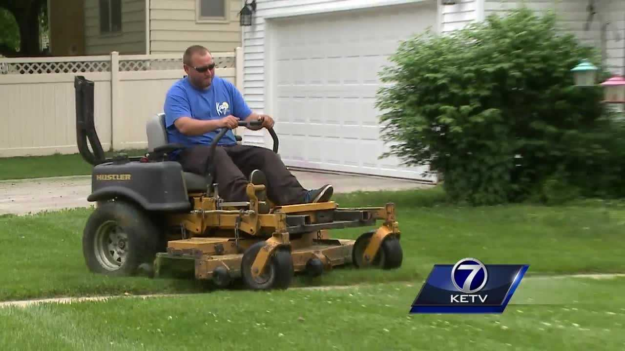 This spring's heavy rainfall, cool nights and bursts of sun have made the perfect weather conditions for growing grass. However, it's creating new challenges for lawn companies and city departments that manage mowing in the metro.