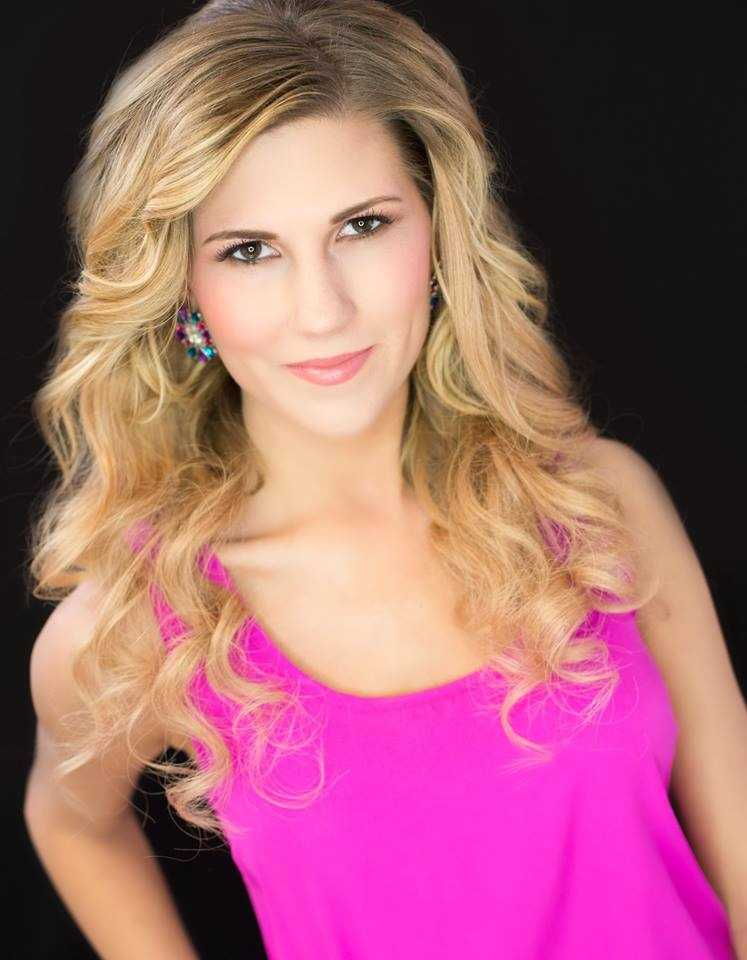 Miss Twin Rivers Jenni Wahonick.  Learn more about Jenni on Brandi's blog: https://ketvanchorsaway.com/2016/05/05/monarchsforlife/
