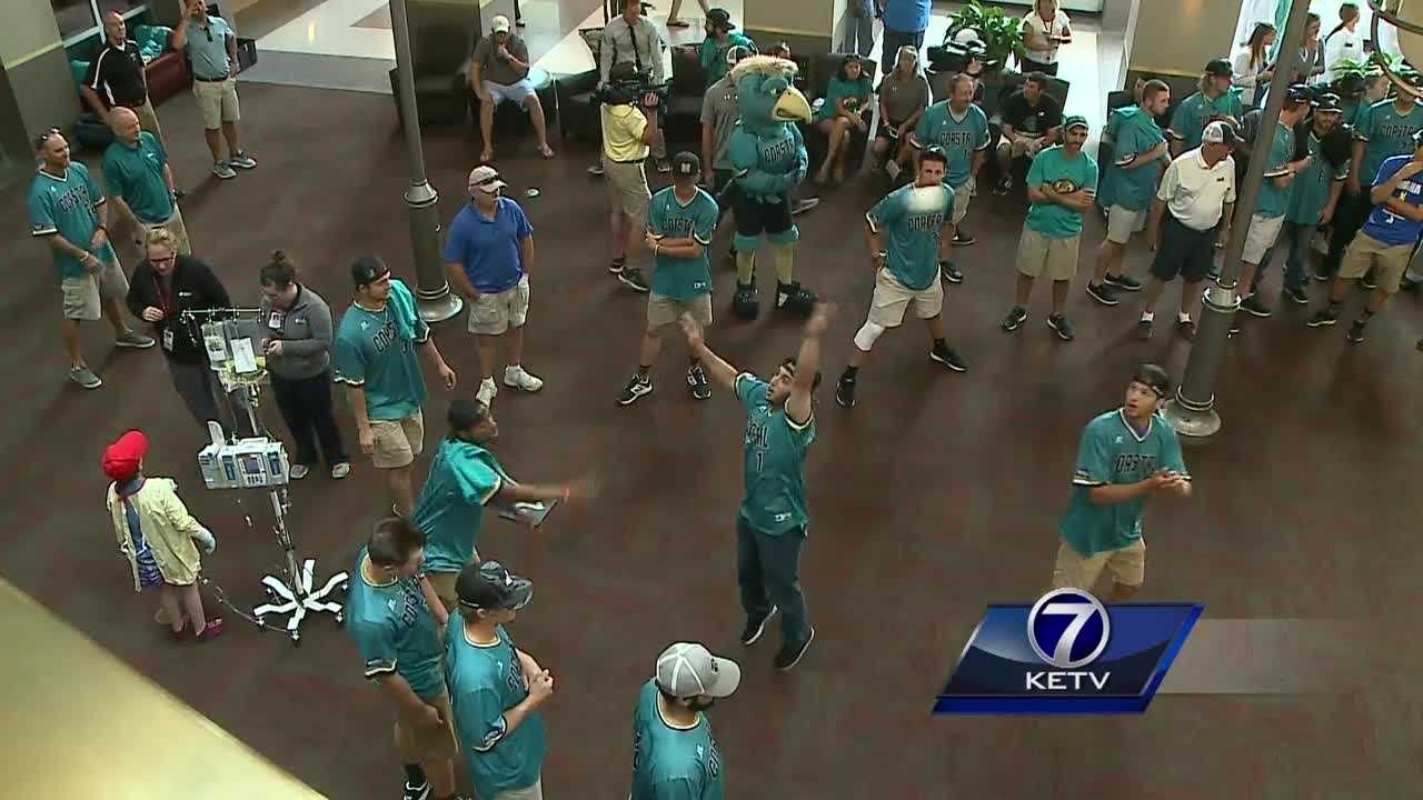 The Coastal Carolina baseball team spent Monday morning visiting young patients at Nebraska Medicine.