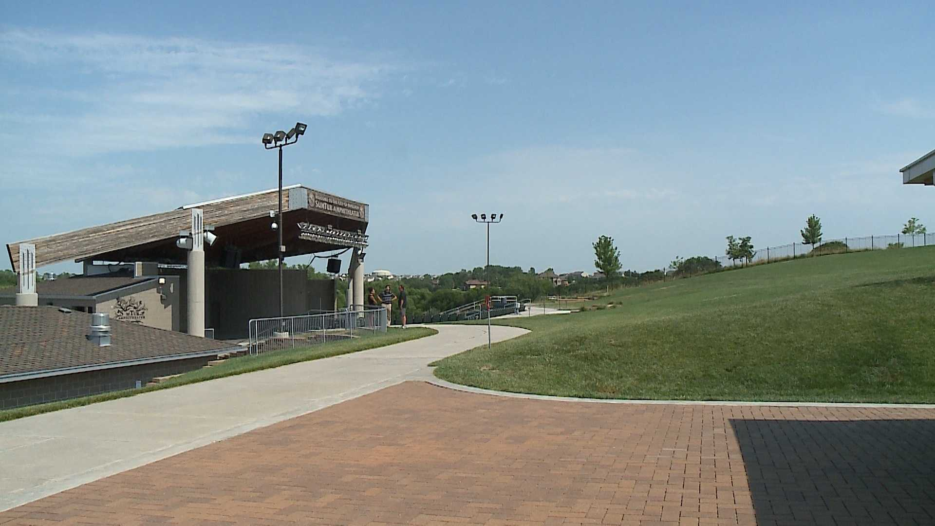 Papillion's Sumtur Amphitheater is preparing its stage to welcome Willie Nelson this weekend.