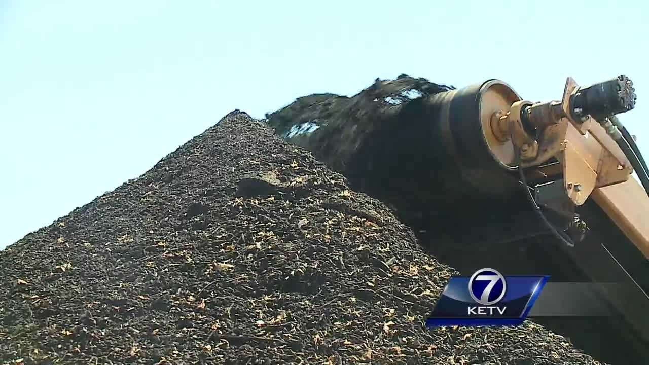 City Council members got an up-close look at the Oma-Gro operation Tuesday.