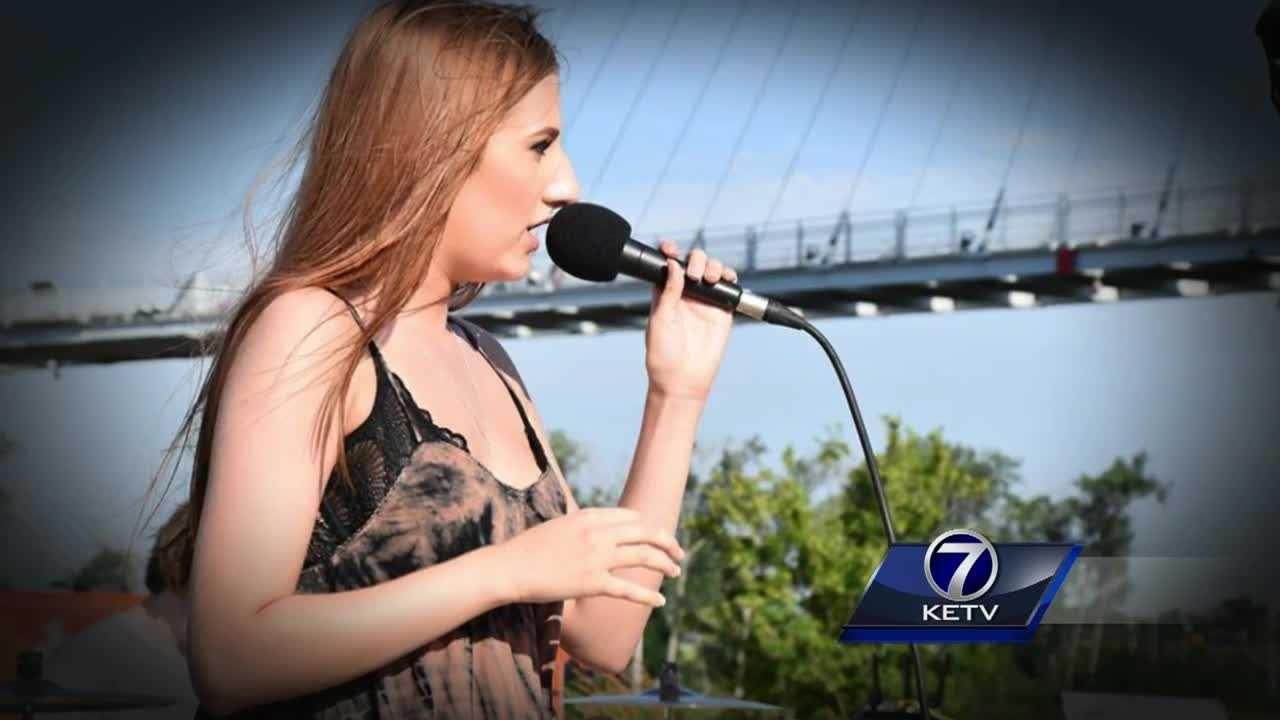 Anna Jane Abbott, 18, connected with strangers through her music, but her kind heart is what those closest to her said they want her remembered for.