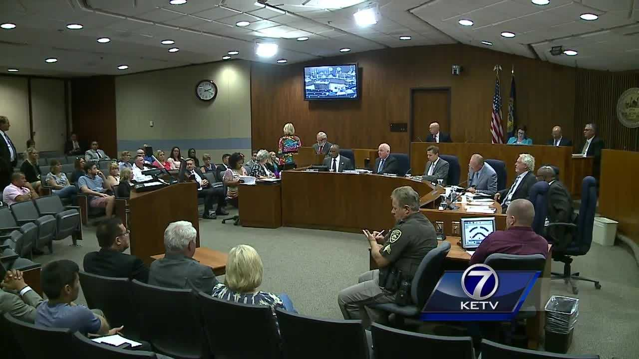 As the city of Omaha discusses how to regulate a growing number of food trucks, one thing in particular pushed the taxation issue to the forefront: a lawsuit, filed against the city earlier this year.