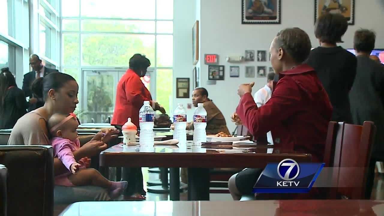 A new soul food restaurant, Omaha Rockets Kanteen, has opened in North Omaha.
