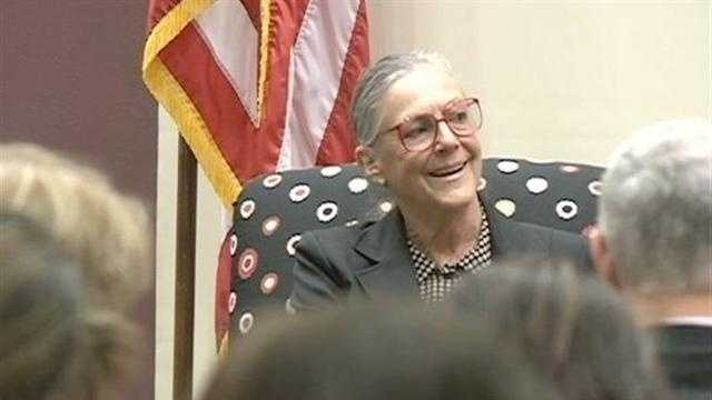 Wal-Mart heiress Alice Walton addressed a group of people at NWACC, speaking about the art of business.