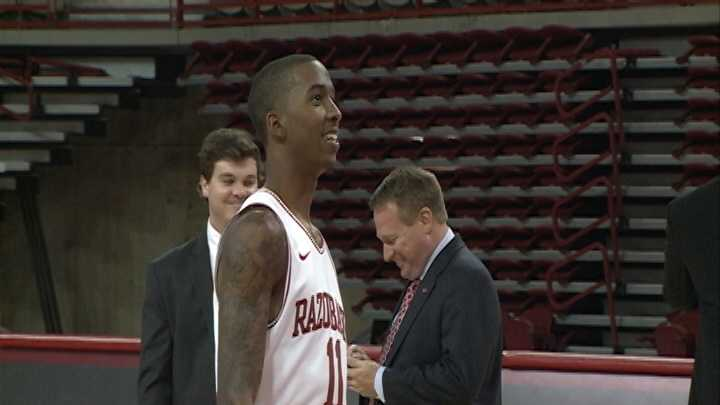 Arkansas sophomore guard BJ Young