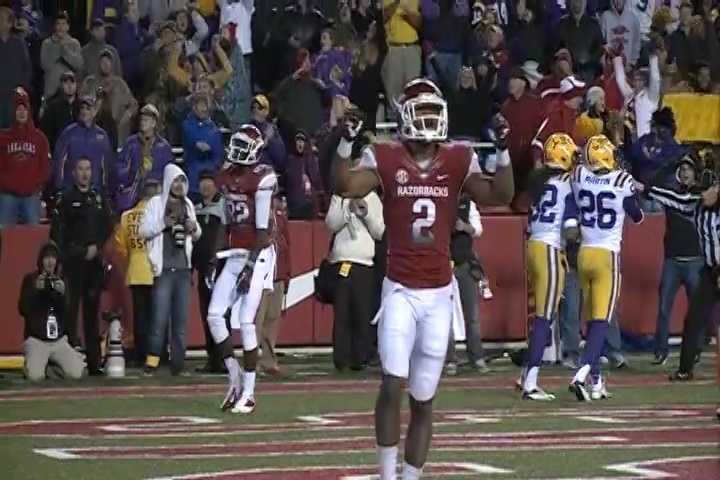 Razorbacks finish their season on November 23, 2012 with a 20-13 loss to LSU. The Tigers took at 17-3 lead in the third quarter after a touchdown run by Jeremy Hill.