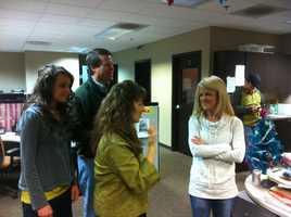 Angela Taylor chatting up the Duggar family!