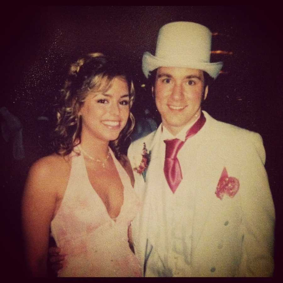 """14. Kelly and her husband Nic have known each other since high school. This is a picture of them at senior prom. They were voted in senior favorites as """"most likely to be famous."""""""