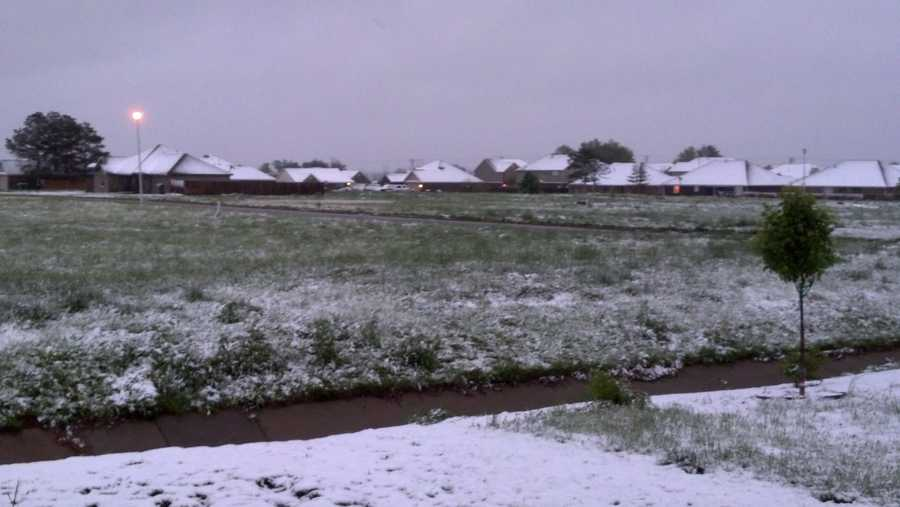 Snow in Centerton.