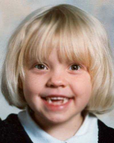 Halle Bobo and her brother Jacob were taken from Arkadelphia on May 30, 2005. They may have been abducted by their mother and taken to the United Kingdom. Halle may speak with a heavy English accent.