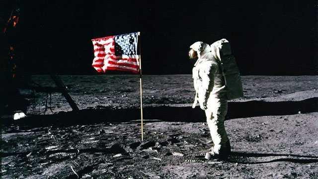Flag on the moon, Buzz Aldrin