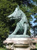 """This copy of """"Il porcellino"""" sits in Enghien, Belgium."""