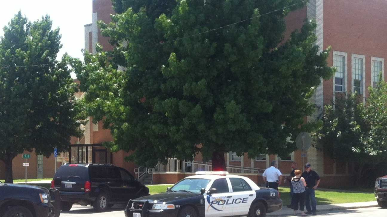 Courthouse evacuated after chemical spill