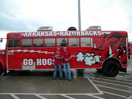 Razorback fan bus