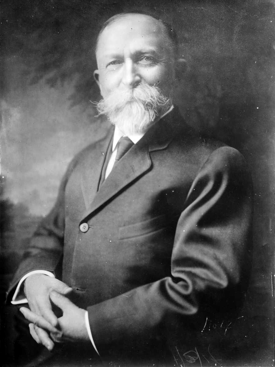 Controversial doctor John Harvey Kellogg and his brother Will Keith Kellogg invented corn flakes by accident in 1894.