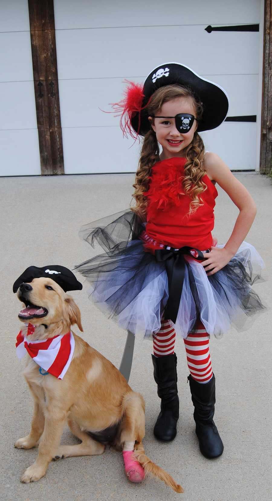 Macey & Winnie dressed up as pirates for Halloween!