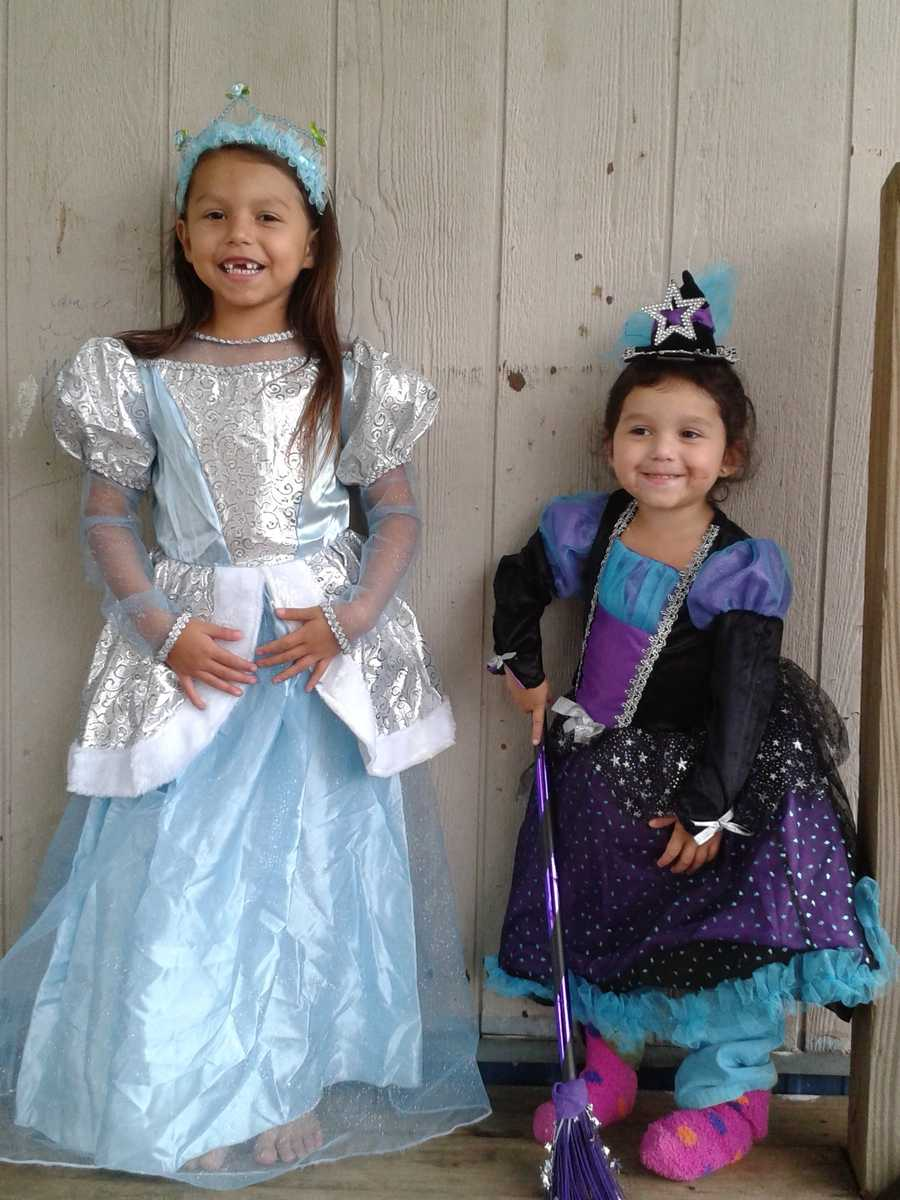 kaylie is wearing the blue princess dress and jakelin is wearing blue and purple dress she is starbright witch
