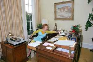 Apr 24 - Administrative Professionals DayDesignated by Gov. Beebe