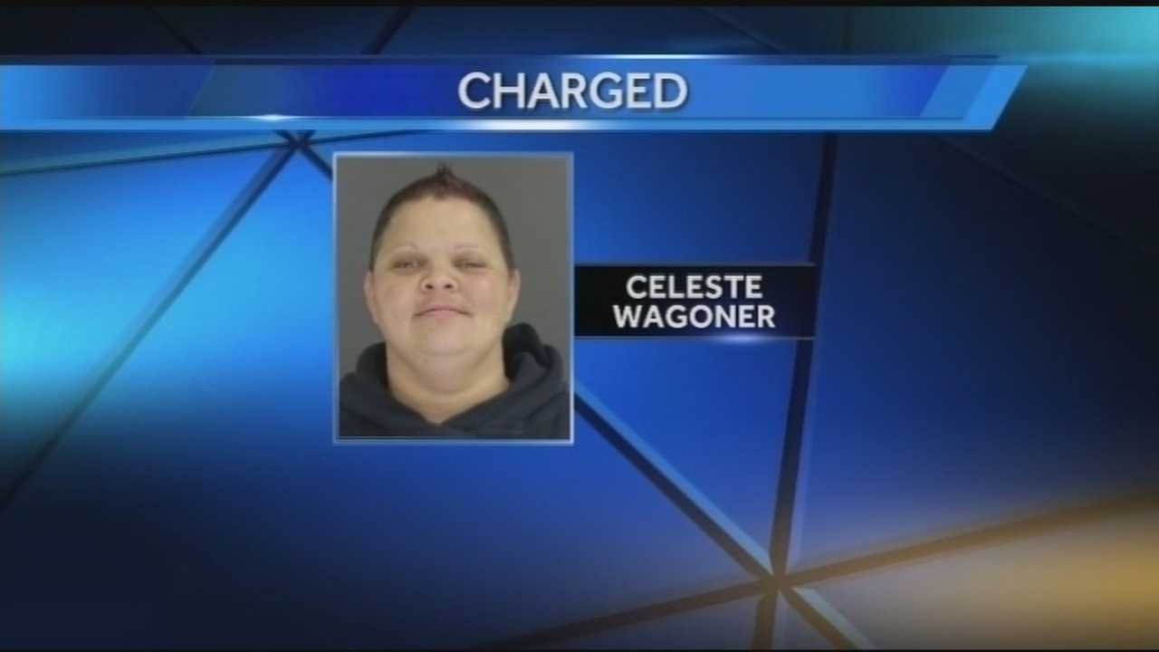 Deputy accused of trading cigarettes for nude photos