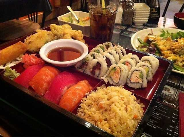 Sushi House (14th St): $18, 344