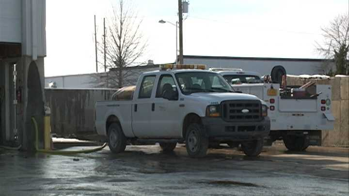 Fayetteville road crews prepare for freezing rain