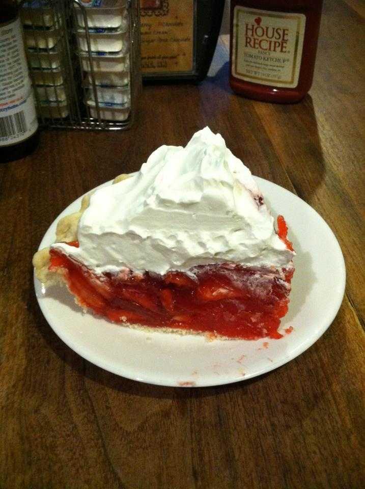 Granny's Kitchen in Huntsville: Strawberry Pie