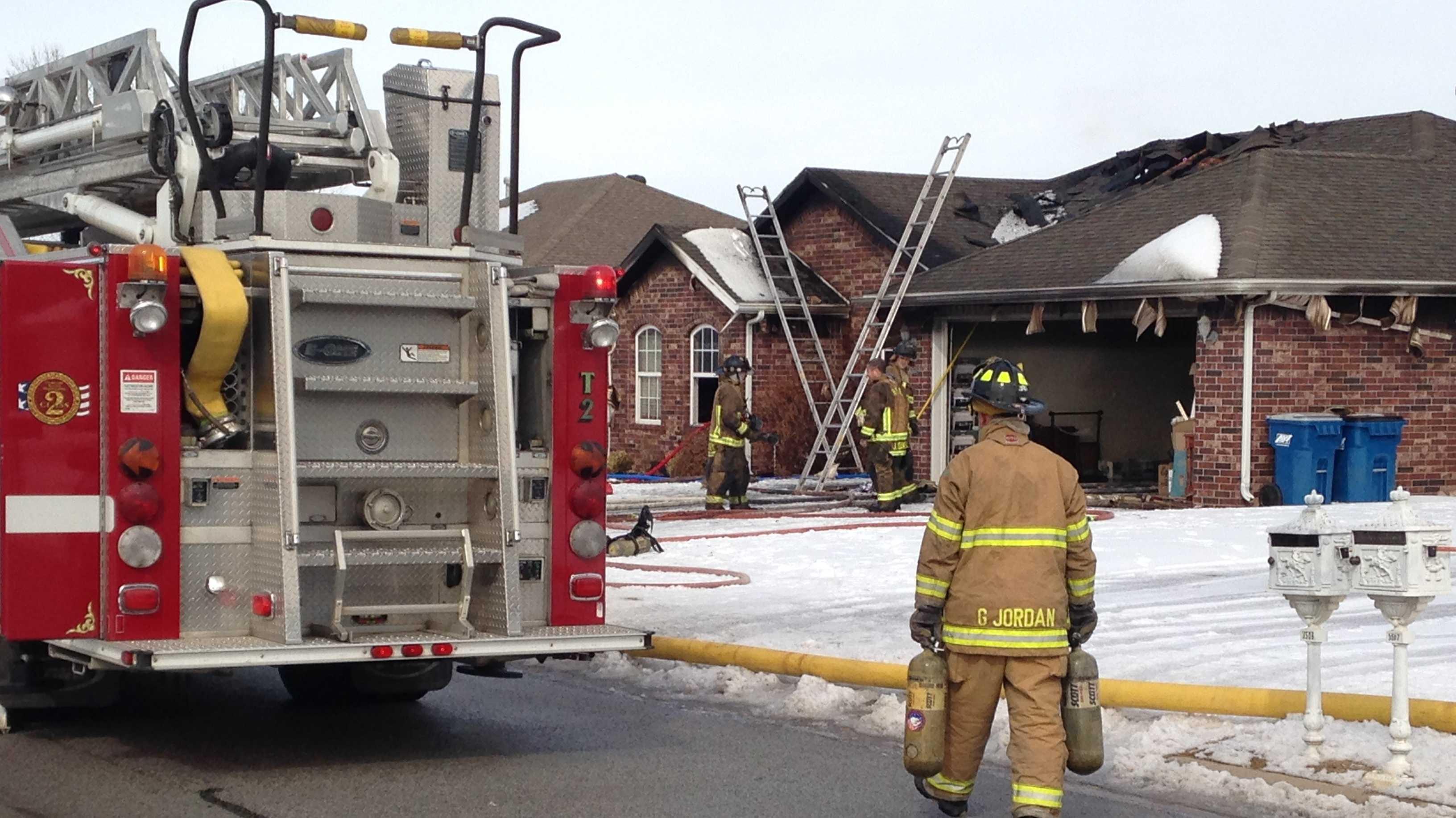 house fire carriageway.jpg