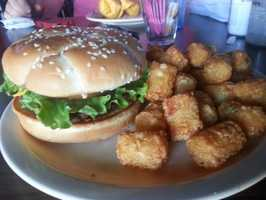 Cheeseburger and Tots, Foghorns, Fayetteville