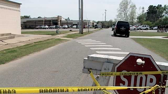Lavaca High School evacuated after threat found