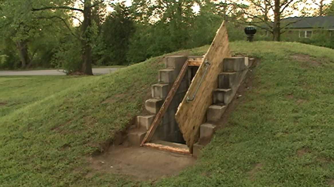 Greenwood police create storm shelter registry