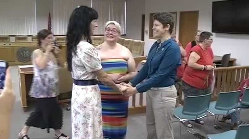 May 12: More than 200 gay couples obtained Arkansas marriage licenses, many exchanging vows on the spot.