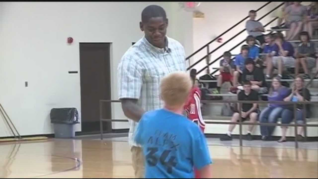 Chicago Bulls player Ronnie Brewer was in Elkins to make one boy's dream a reality.