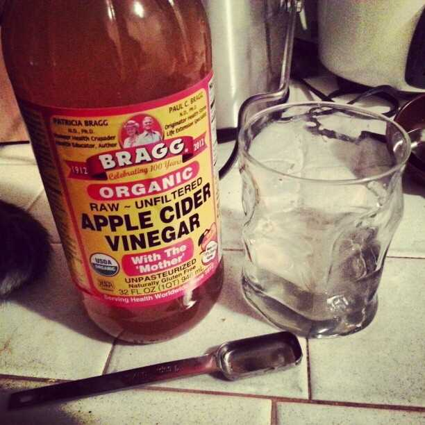 Apple Cider Vinegar for hair:Apple cider vinegar can make your hair shinier.Add 1 tbsp. apple cider vinegar to 1/2 cup water. Put in hair after washing and conditioning, rinse. Strong smell will dissipate as your hair dries.Source: Good Housekeeping
