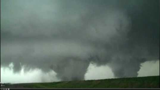 Nebraska-twin-tornado-2-jpg.jpg