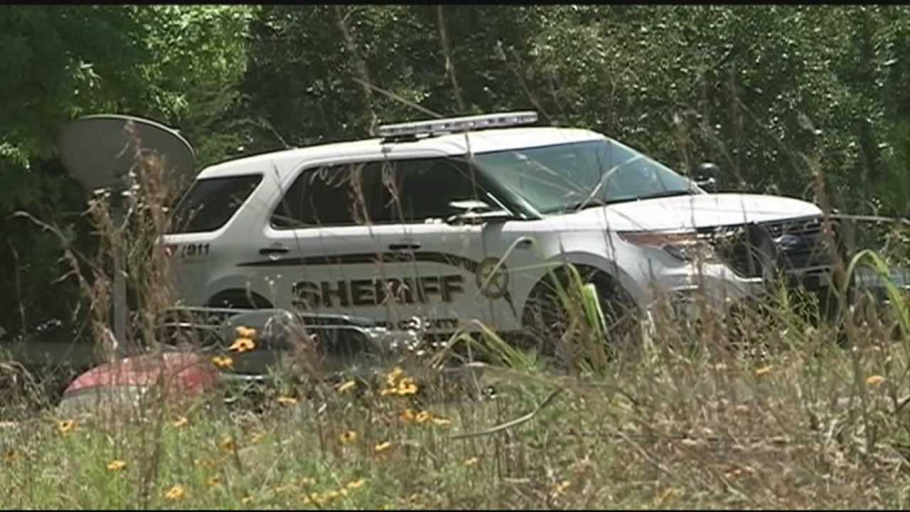 Investigators looking for more suspects after body found in shallow grave