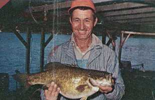 Acie Dickerson caught this record Smallmouth Bass in Bull Shoals Lake in 1969. It weighed 7 pounds and 5 ounces.