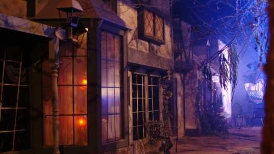 "Looking for thrill this Halloween? Check out the nation's top ""haunted houses."" They could be in your area."