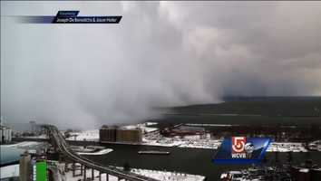 3) Uncut: Timelapse video shows wall of snow creeping into Buffalo, New YorkIn November, Joseph De Benedictis (Joseph_Video) and Jason Holler captured time-lapse video of the wall of lake-effect snow moving into Buffalo, New York. Forecasters said some areas could see six feet of snow from the storm.