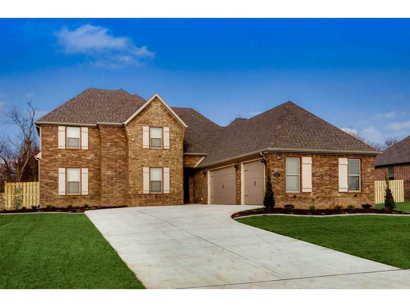 "221 Florence Dr, Centerton, AR - $388,000Homes By Roth presents TUSCANY subdivision! Perfect opportunity to customize a NEW home in Bentonville School Districts. Gorgeous subdivision stone entry, HUGE lots averaging 1/2 acre & features what most new construction homes do not - including: full, privacy fencing, stainless steel appliances, guttering, sod & irrigation system, ""smart home"" wiring, NEST thermostats, central vac, brick/stone exterior, wood flooring, covered patio, custom cabinetry, etc. PLANS ARE BEING FINALIZED FOR CLUBHOUSE & POOL!"
